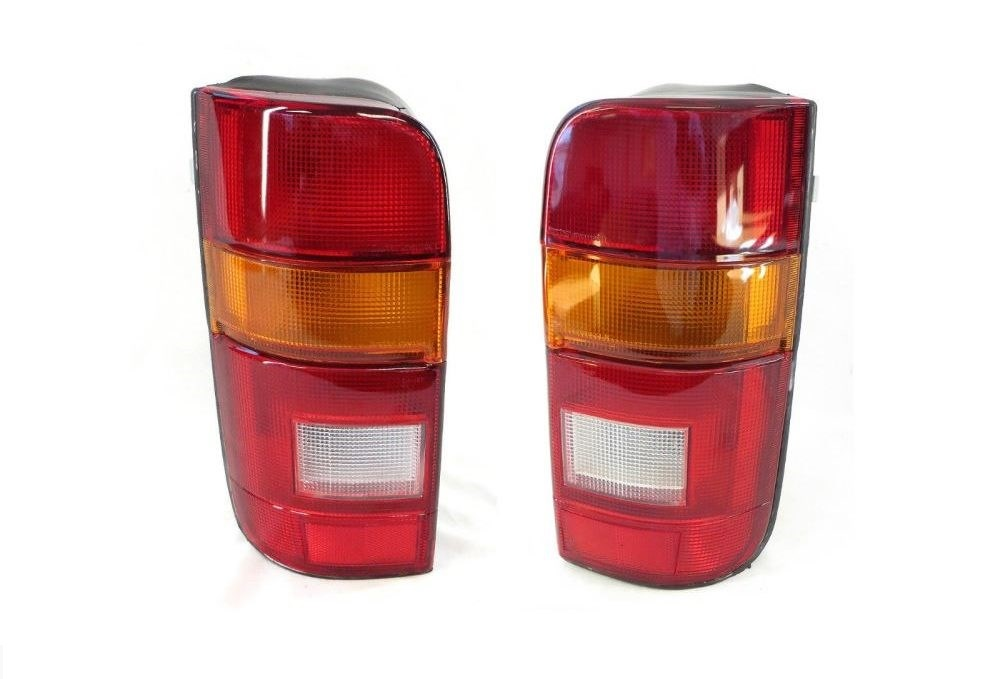 Hiace van RZH tail lights 89-04 (pair) for Toyota
